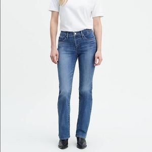 LEVI'S 315 Shaping Boot cut Jean